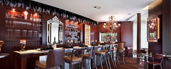 emporio-armani-caffe-panoramique