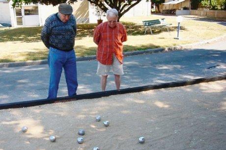 retraités pétanques