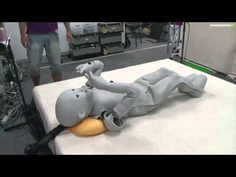 Japon, au pays des robots humanoïdes