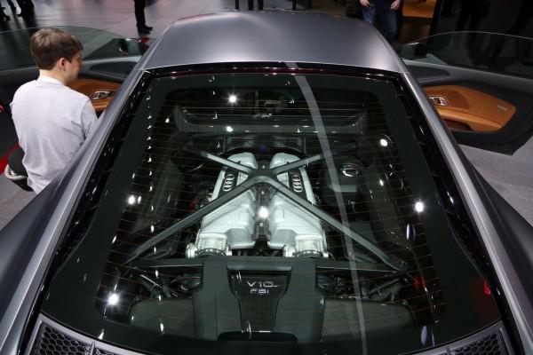 moteur audi r8