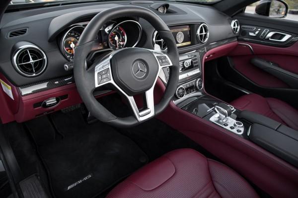 2013-Mercedes-Benz-SL63-AMG-interior