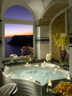 Salle-de-bain-vue-Hotel-Caesar-Augustus-Capri-690x919