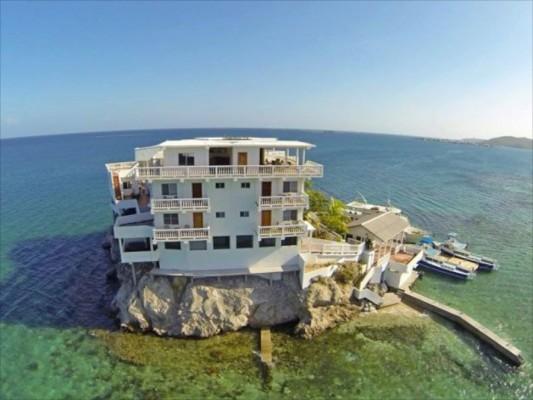 villa on dunbar rock 5