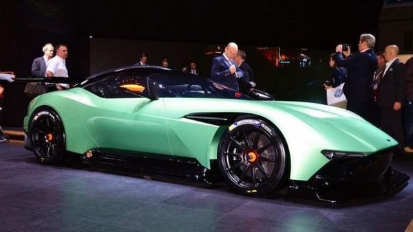 Aston-martin-vulcan 1