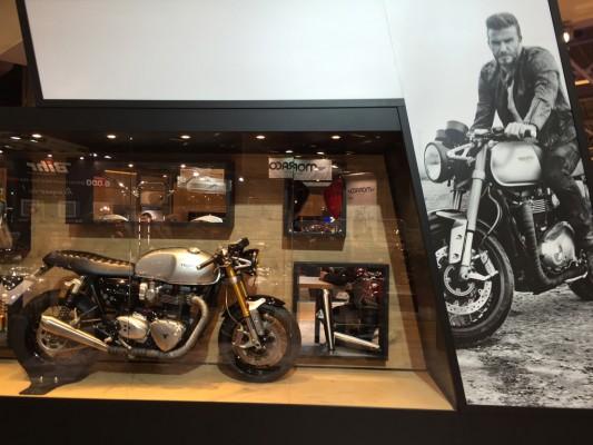 salon-moto-triumph beckham