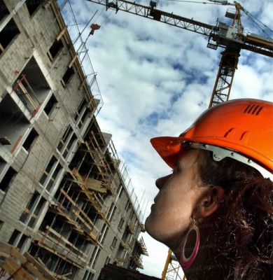 il-y-a-tres-peu-de-candidates-pour-etre-chef-de-chantier-ou-conductrice-de-travaux-en-revanche-elles-sont-plus-nombreuses-dans-les-metiers-specifiques-du-batiment-du-second-oeuvre-notamment-photo-pascal-brocard