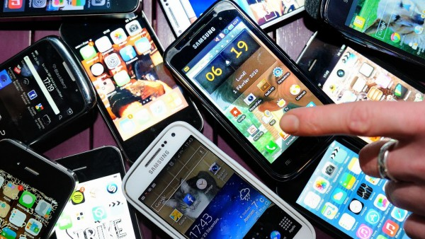telephones-portables-smartphones 4897305