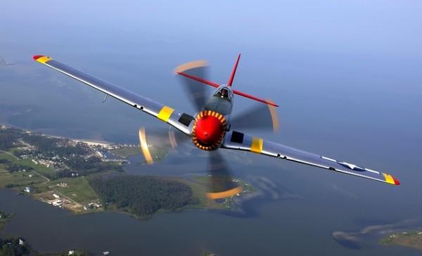 aircraft-67566 640