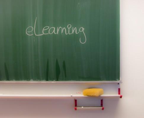 chalkboard-218593 640