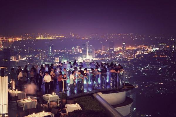 sky-bar-bangkok-1